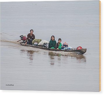 Family Boat On The Amazon Wood Print by Allen Sheffield