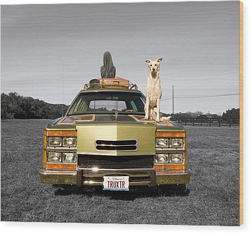 Family Queen Truckster Wood Print by Jimmy Bruch