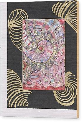 Fancy Shell With Golden Rings Wood Print by Anne-Elizabeth Whiteway
