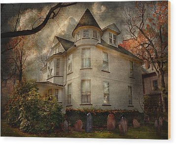 Fantasy - Haunted - The Caretakers House Wood Print by Mike Savad