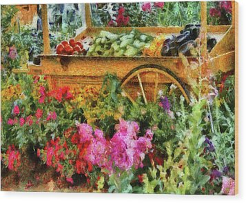 Farm - Food - At The Farmers Market Wood Print by Mike Savad