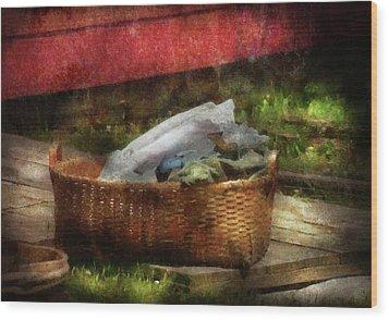 Farm - Laundry  Wood Print by Mike Savad