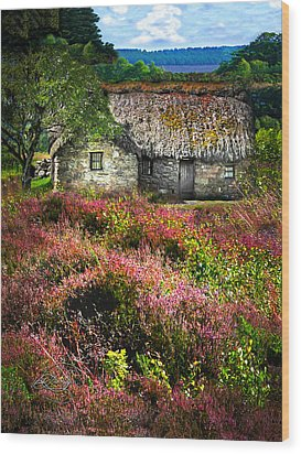 Farm In The Heather Wood Print