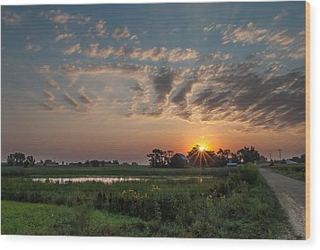 Farmstead Sunrise Wood Print