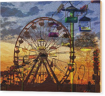 Wood Print featuring the digital art Ferris At Dusk by David Lee Thompson