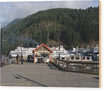 Ferry Landed At Horseshoe Bay Wood Print by Rod Jellison