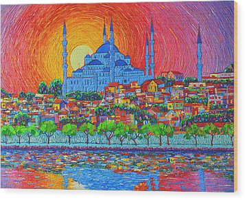 Fiery Sunset Over Blue Mosque Hagia Sophia In Istanbul Turkey Wood Print