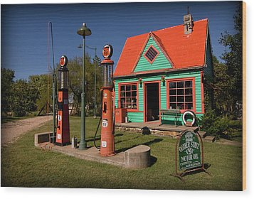 Fill 'er Up Wood Print by Patricia Montgomery