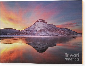 Fire And Ice - Flatiron Reservoir, Loveland Colorado Wood Print