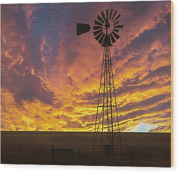 Fire At The Ranch Wood Print