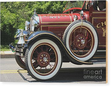 Wood Print featuring the photograph Fire Engine Red 2 by Nicola Fiscarelli