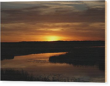 Fire In The Sky Wood Print by Ron Read