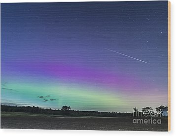 Fireball One Over The Farm Wood Print