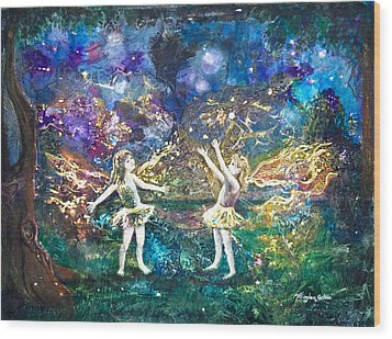 Firefly Frolic Wood Print by Patricia Allingham Carlson
