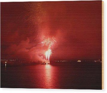 Fireworks 17 Wood Print by Kendall Eutemey