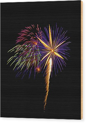 Wood Print featuring the photograph Fireworks 8 by Bill Barber