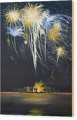 Fireworks Bonfire On The West Bar Wood Print by Charles Harden