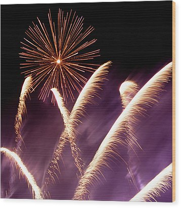 Fireworks In The Night Wood Print
