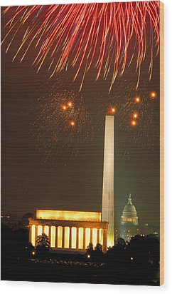 Fireworks Over Washington Dc Mall Wood Print