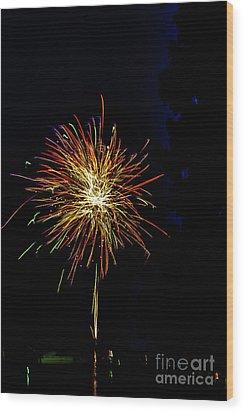 Fireworks Wood Print by William Norton