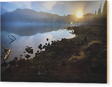 Wood Print featuring the photograph Daybreak by Cat Connor