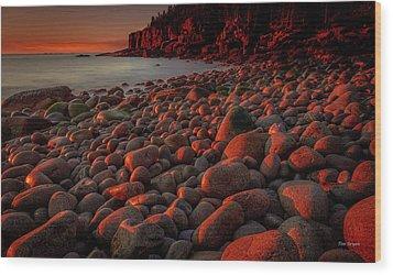 First Light On A Maine Coast Wood Print