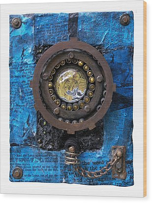 Fisheye Noah Wood Print by Scott Rolfe