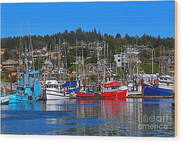 Fishing Fleet At Newport Harbor Wood Print
