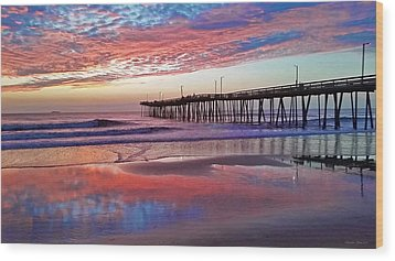 Fishing Pier Sunrise Wood Print by Suzanne Stout
