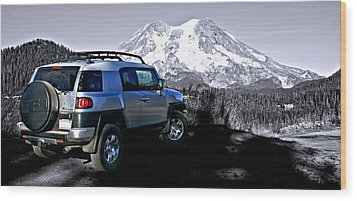 Fj Cruiser Mt. Rainier Washington Wood Print