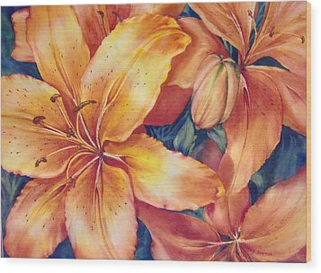 Flaming-days Wood Print by Nancy Newman
