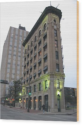 Flat Iron Building Fort Worth Texas Wood Print