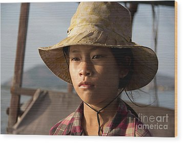Floating Drink Seller Girl On The Tonle  Sap Lake In Cambodia Wood Print by Jason Rosette