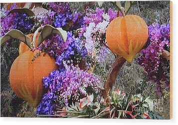 Wood Print featuring the photograph Floral Peaches by Linda Phelps