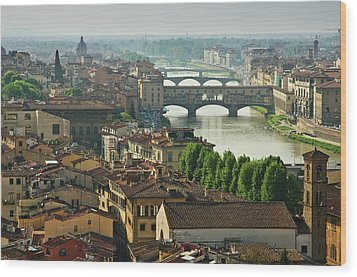 Florence. View Of Ponte Vecchio Over River Arno. Wood Print by Norberto Cuenca
