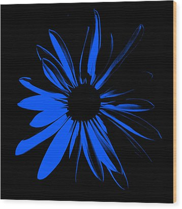 Wood Print featuring the digital art Flower 4 by Maggy Marsh
