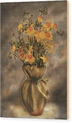 Flower - Daffodils In A Burlap Vase Wood Print by Mike Savad