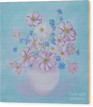 Flowers In A Vase. Delicate Home Collection Wood Print