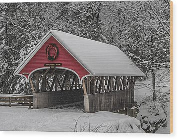 Flume Covered Bridge In Winter Wood Print