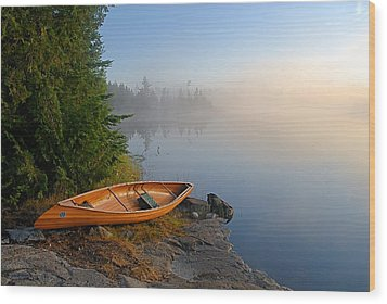 Foggy Morning On Spice Lake Wood Print