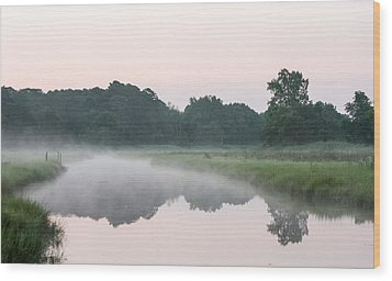 Foggy Morning Reflections Wood Print by Allan Levin