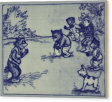 Football In The Park Wood Print by Bill Cannon