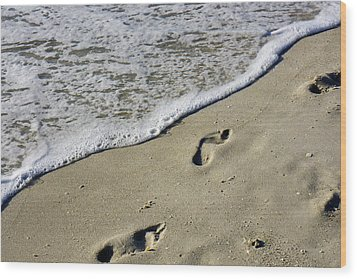 Footprints On The Beach Wood Print by Robb Stan