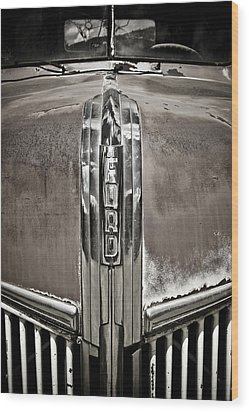 Ford Chrome Grille Wood Print