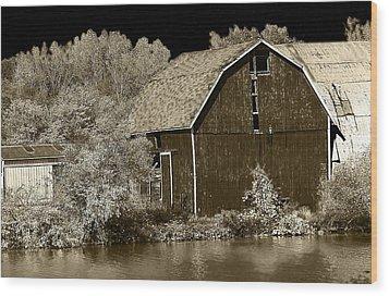 Forgotten Farm Wood Print by Scott Hovind