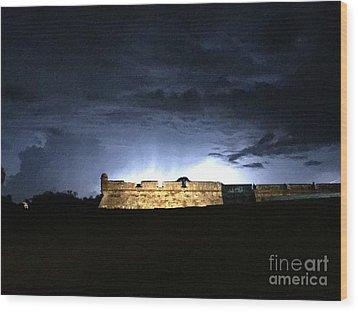 Lightening At Castillo De San Marco Wood Print by LeeAnn Kendall