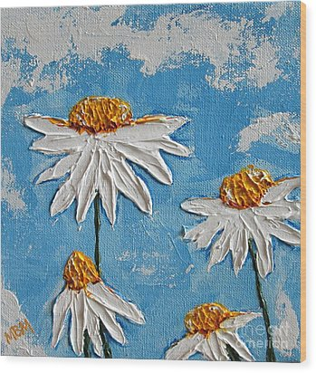 Four Daisies Wood Print