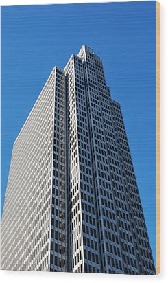 Four Embarcadero Center Office Building - San Francisco - Vertical View Wood Print