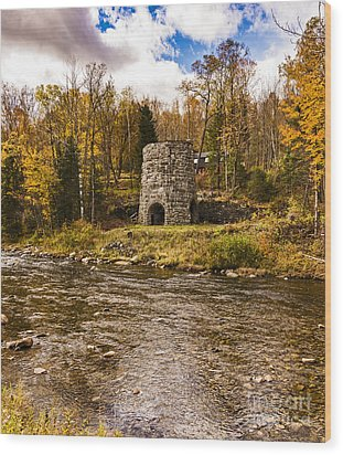 Wood Print featuring the photograph Franconia Fall by Anthony Baatz