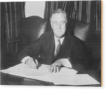 Franklin D. Roosevelt Ended Prohibition Wood Print by Everett